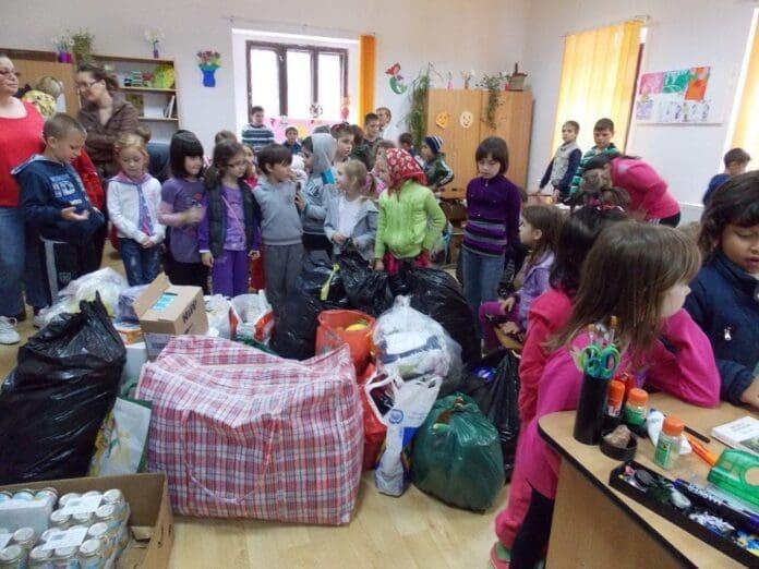 Caritate-și-voluntariat