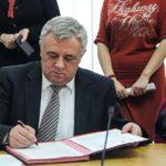 acord-de-reintegrare-a-romilor-titu-bojin-semneaza