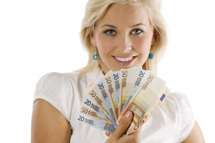 euro-bani-blonda