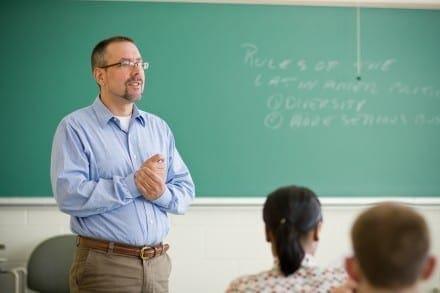 profesor-440x293