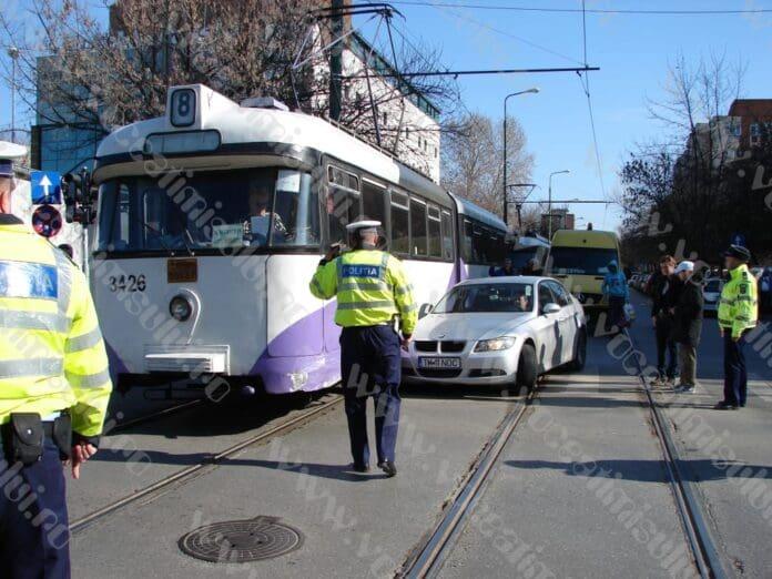 accident-tramvai-olimpia4