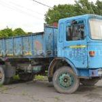 Autocamion-abandonat-pe-strada-Nera4