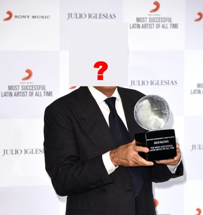 Julio-Iglesias-Most-Successful-Latin-Artist1
