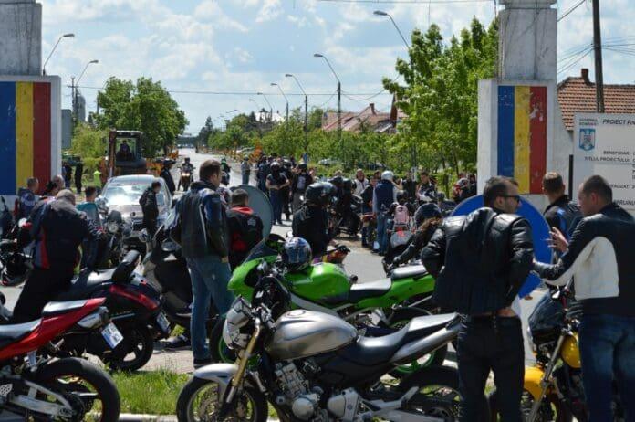 Motocicliştii-Timişoarei-au-deschis-sezonul-moto-201415
