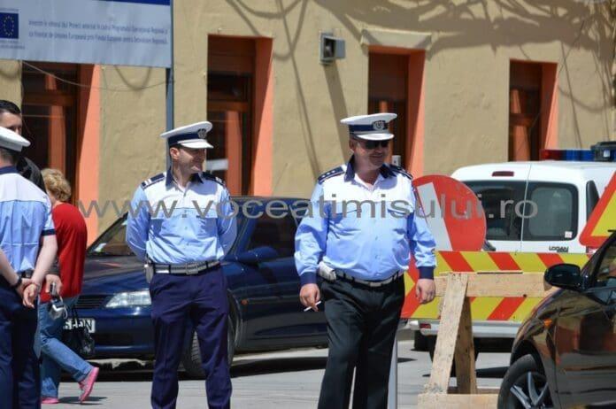 Poliţiştii-timişoreni-scoşi-şi-azi-la-produs01
