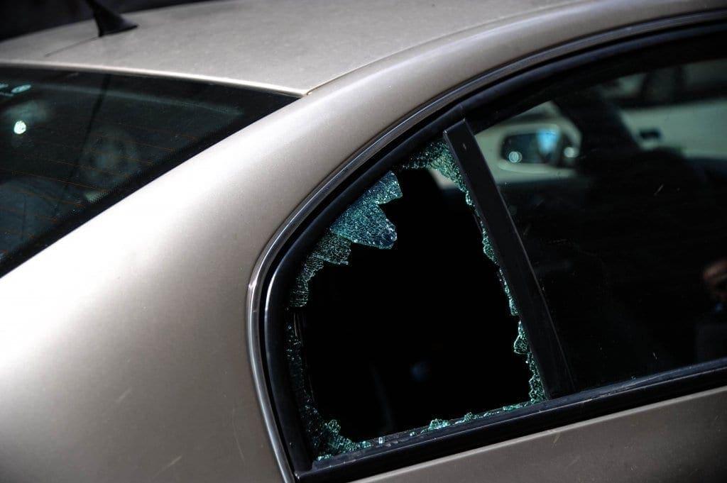 masina-geam-spart-unirii-timisoara2