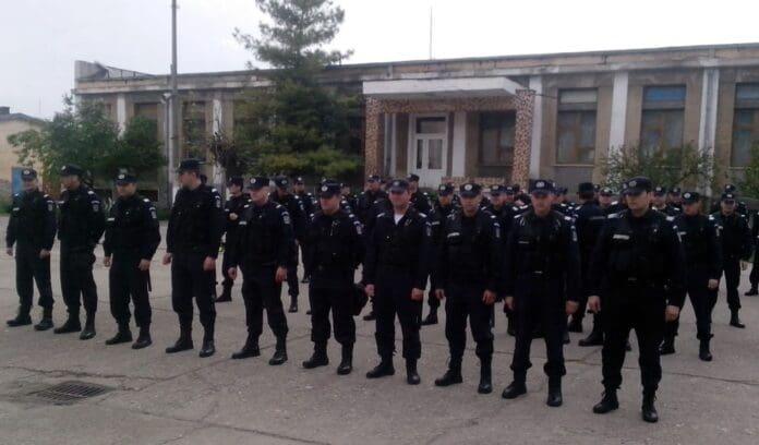 """Azi a început """"BAC""""-ul. Jandarmii din Timişoara se ocupă de liniştea şi siguranţa examenului maturităţii, Vocea Timisului"""