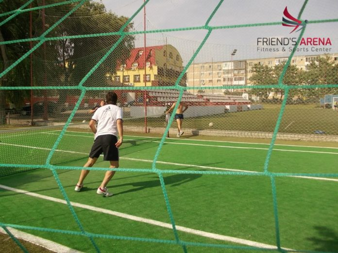 Turneu de tenis cu piciorul la Friend's Arena. Te bagi la un meci?, Vocea Timisului