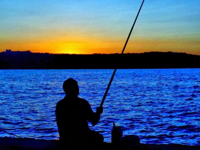 pescar-pescuit-undita