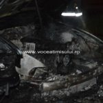 Două-BMW-uri-INCENDIATE11