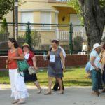 grapini-plimbare-parcul-rozelor-pensionari-17