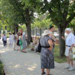 grapini-plimbare-parcul-rozelor-pensionari-4