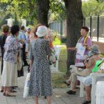 grapini-plimbare-parcul-rozelor-pensionari-8