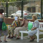 grapini-plimbare-parcul-rozelor-pensionari-9