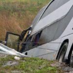 Autocar-cu-28-de-români-RĂSTURNAT-în-Ungaria.-1