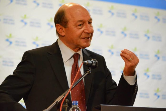 Traian-Basescu-7