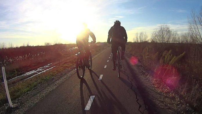 biciclisti-pista-crapata
