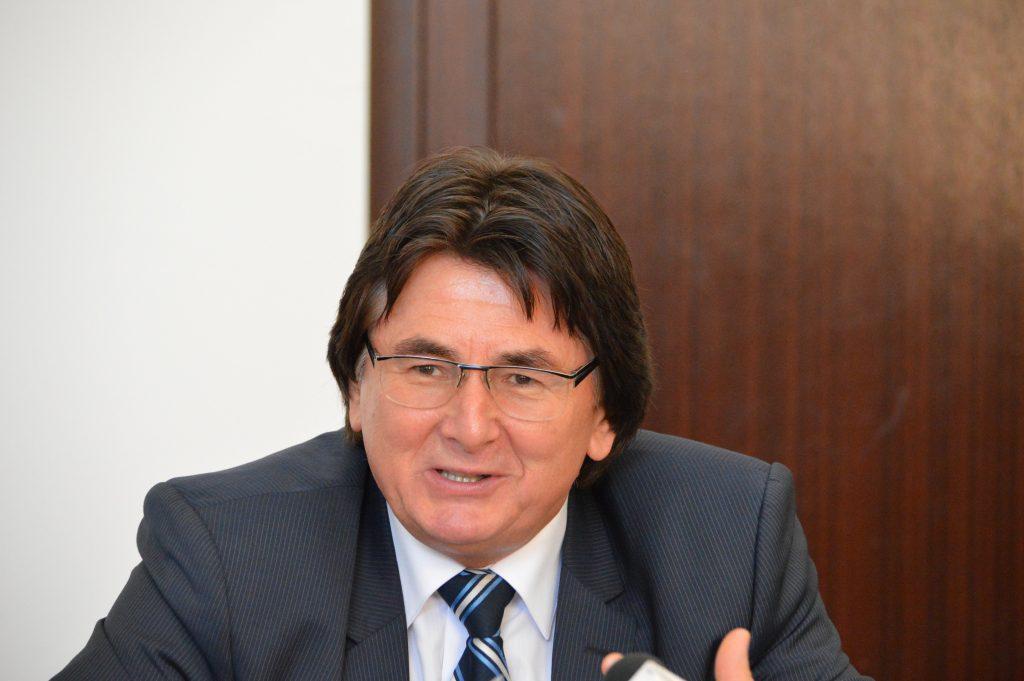 Nicolae-Robu05