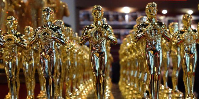 Trofeu-premiu-Oscar-wwwgalleryhipcom