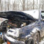 Volkswagen-Golf-accidentat06