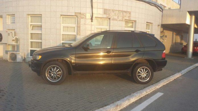 BMW-X5-furat-din-Italia-descoperit-la-Cenad-2