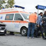 Ambulanţă-implicată-într-un-accident@11