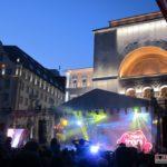 Horia-Brenciu-show-INCENDIAR-în-fața-miilor-de-timișoreni-aflați-în-Piața-Victoriei-10