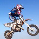 Patrick-Pascotă-câștigător-în-prima-etapă-a-Campionatului-regional-de-Motocros-de-la-Ianova