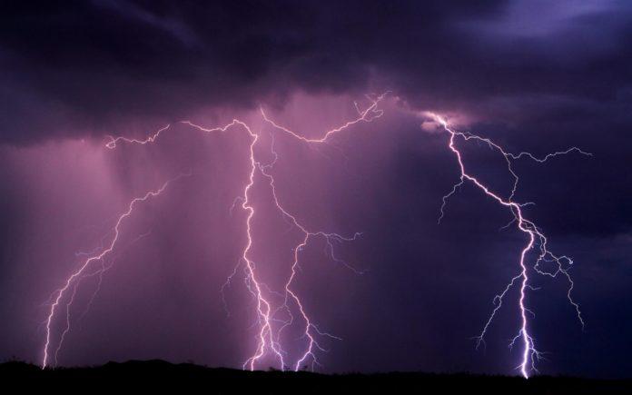 furtuna-fulgere