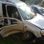 Două-maşini-distruse-din-cauza-unei-şoferiţe-.2