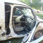 Două-maşini-distruse-din-cauza-unei-şoferiţe-.5