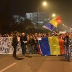 Peste-2000-de-protestatari-au-străbătut-orașul22