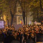 Peste-2000-de-protestatari-au-străbătut-orașul33