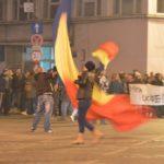 Peste-2000-de-protestatari-au-străbătut-orașul37