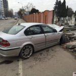 BMW-in-gardul-cimitirului-din-Calea-Sagului05