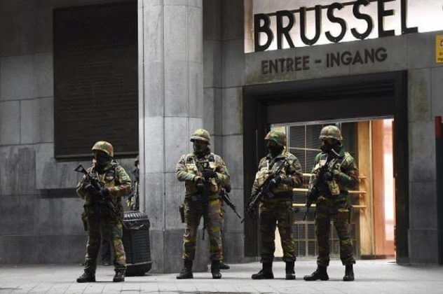 Atentate-sinucigașe-pe-aeroportul-din-Bruxelles-și-la-metrou.3