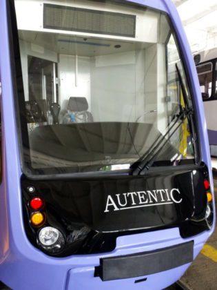 PRIMUL-tramvai-modern-NOU-Autentic-6