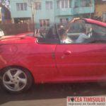 șofer-cu-copilul-în-brațe-la-volan5