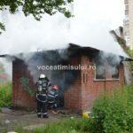 Incendiu-la-o-clădire-dezafectată07