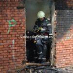 Incendiu-la-o-clădire-dezafectată10