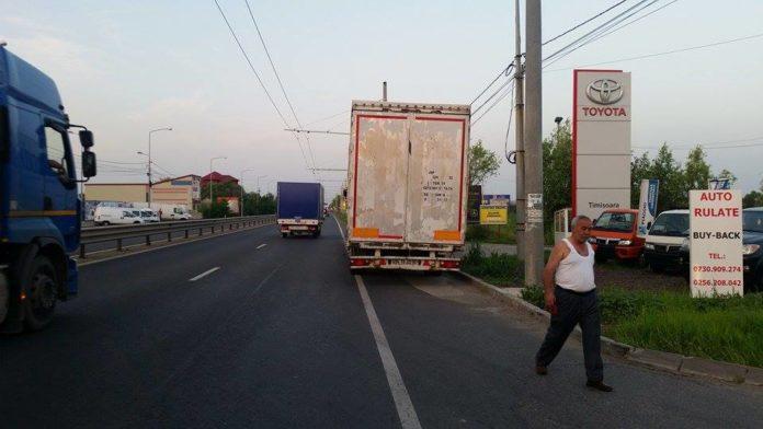 Accident-TIR-Calea-Lugojului-stalp-8