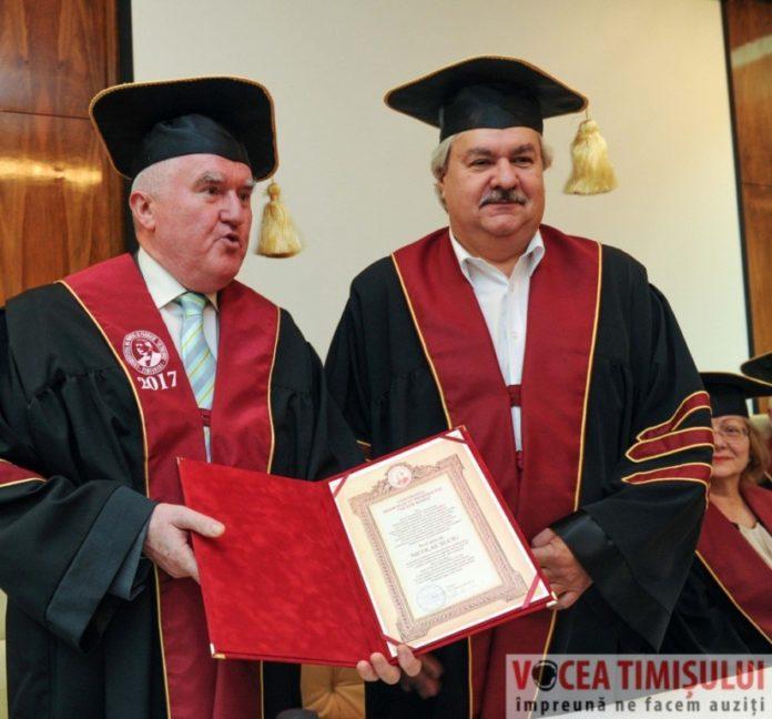 Doctor-Honoris-Causa-al-Universităţii-de-Medicinăt06