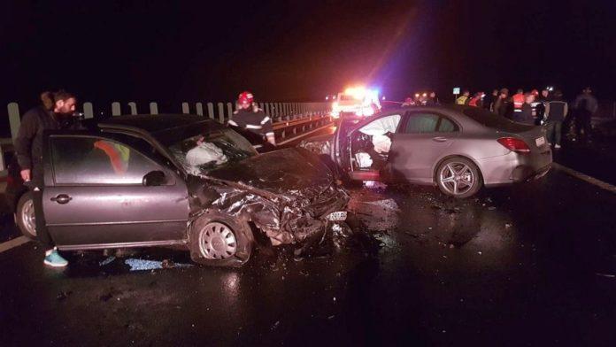 Accident pe Autostrada A1: echipaje de descarcerare pentru pasageri din trei masini facute praf, Vocea Timisului