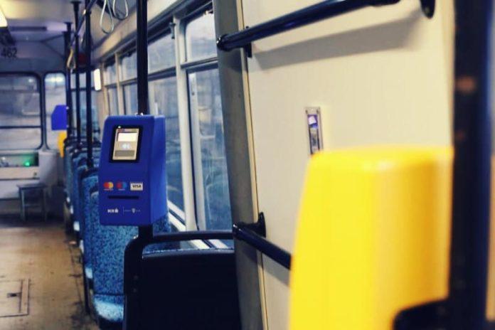 De-maine-calatoriile-cu-autobuzele-troleibuzele-si-tramvaiele-din-Timisoara-se-pot-plati-DIRECT-cu-cardul