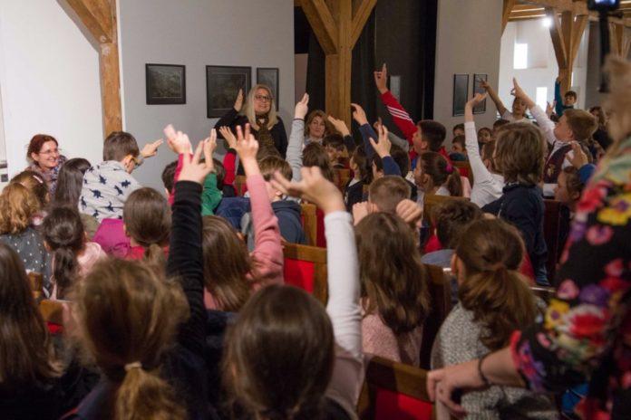 copii-la-muzeul-national-al-banatului