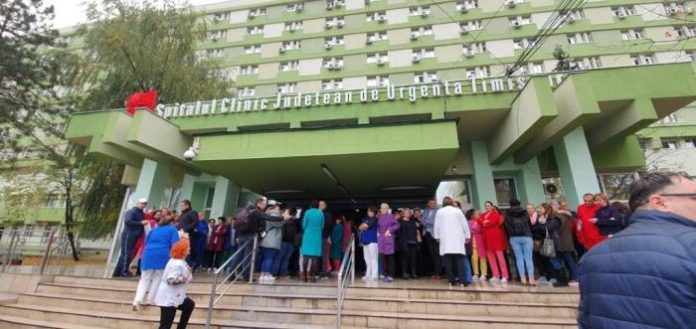 protest-la-spitalul-judetean