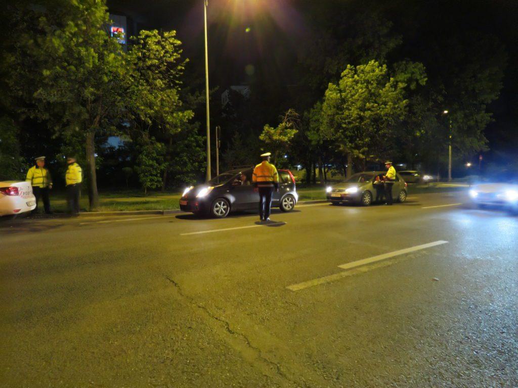Peste 500 de sanctiuni aplicate de politistii rutieri sambata noaptea 1