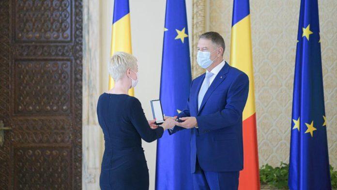 Distinctie prezidentiala pentru Teatrul National din Timisoara 2