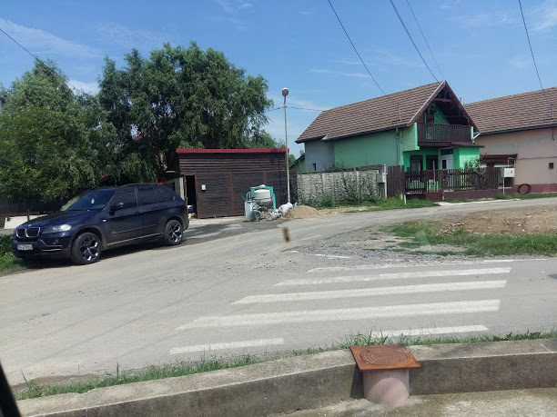 Toma Excentricul! Giroc, comuna în care vilele sunt autorizate ca anexe agricole și alimentate electric prin canalele ANIF 6